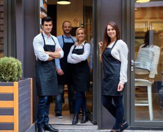 Пошив фартуков на заказ. Эффективное решения для ресторанного бизнеса.
