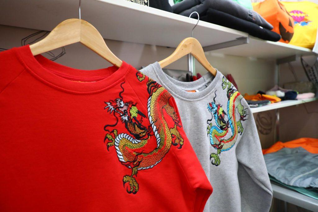 свитшоты с вышивкой дракона